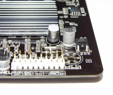 Gigabyte-GA-H81M-S2PH-(26)