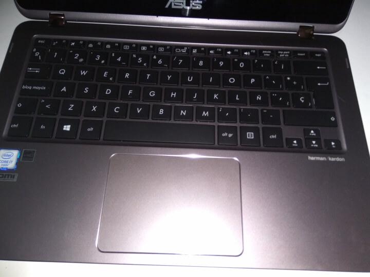 Review: Asus Zenbook Flip UX360U, portátil híbrido con batería para largo 8