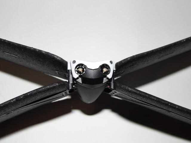 Review: Parrot Swing, mini drone cuadricóptero que se convierte en avión 41